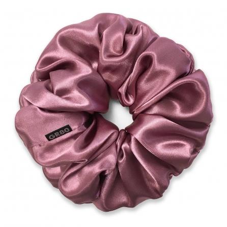 Óriás sötét mályva selyem hajgumi (scrunchie) prémium minőségű szaténból. Átmérője kb. 16-17 cm