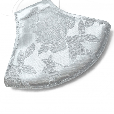 Ezüst színű, rózsa mintás, fényes brokát arcmaszk, szűrővel